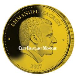 Président Emmanuel Macron dorée 2017
