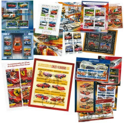 15 blocs-feuillets Ferrari + 10 blocs-feuillets Porsche OFFERTS